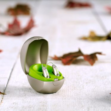 Pic_Phonak_Audeo_Marvel_Rechargeable_autumn-web